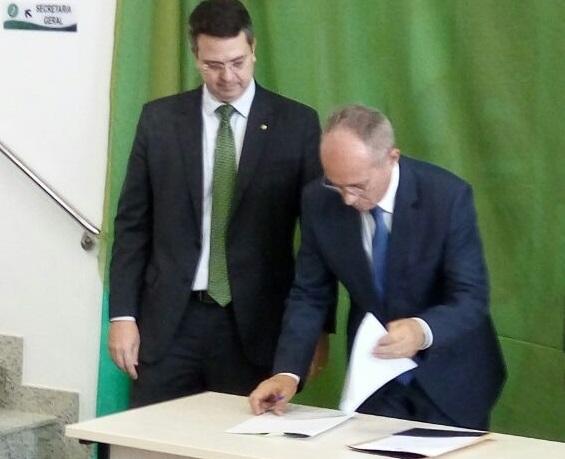 Governador Paulo Hartung oficializa cessão de imóvel para futura Sede Administrativa da Defensoria