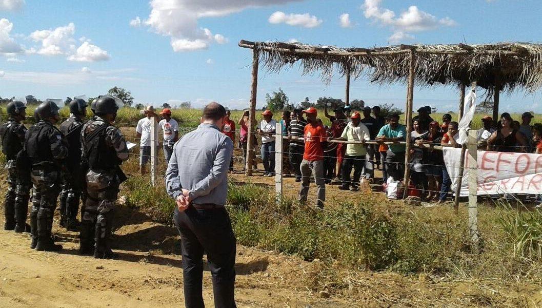 Núcleo de Defesa Agrária e Moradia acompanha ação de reintegração de posse em Linhares