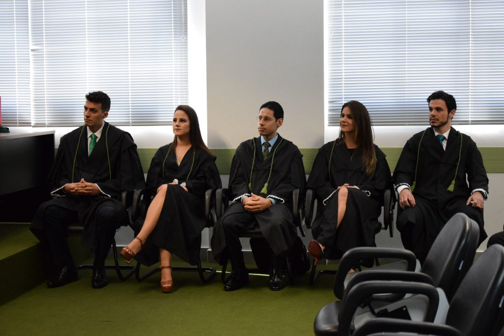Os novos defensores Bruno Fernandes, Letícia Dourado, Rodrigo Adorno, Rafaela Correa e Lucas Magdalena.